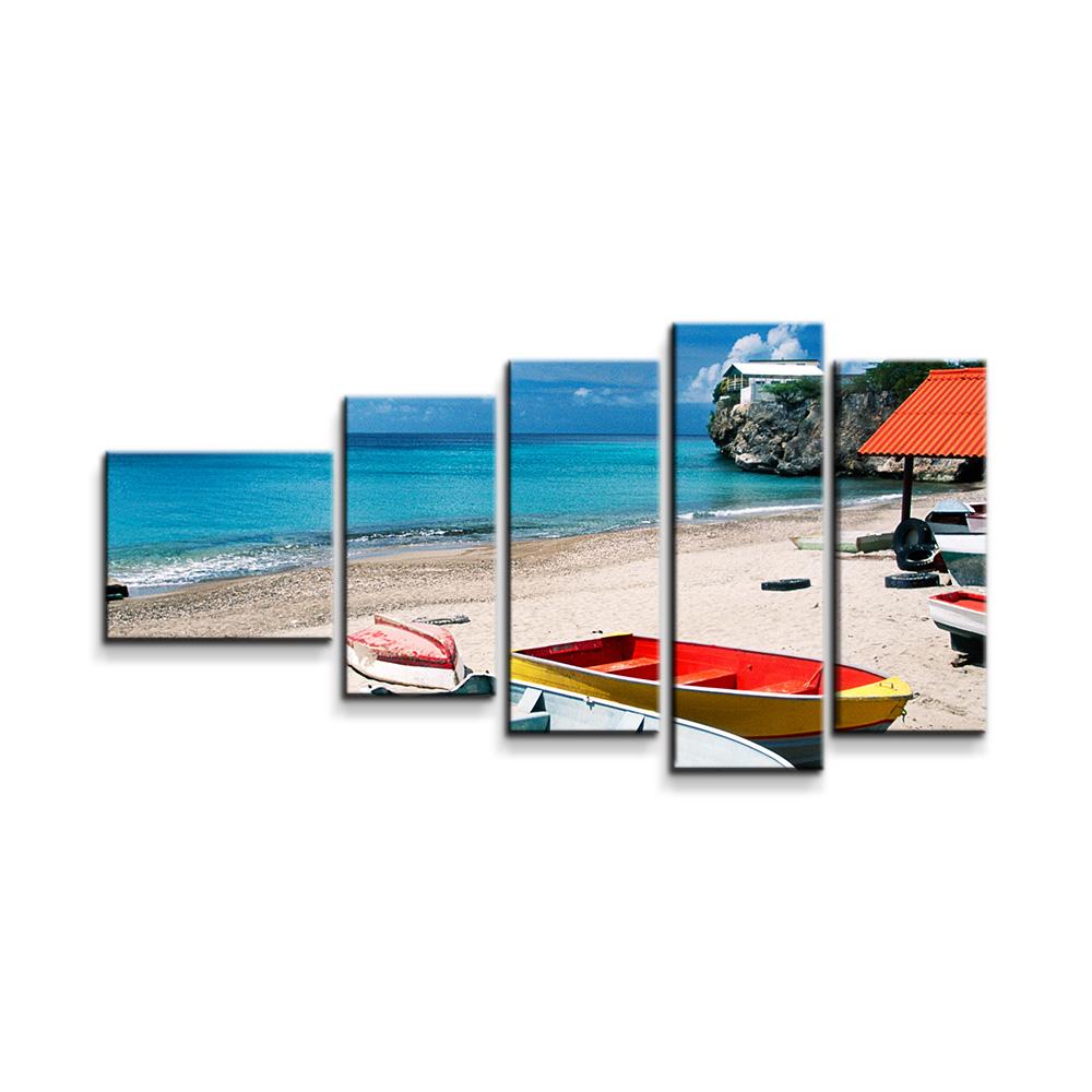 Loďky na pláži