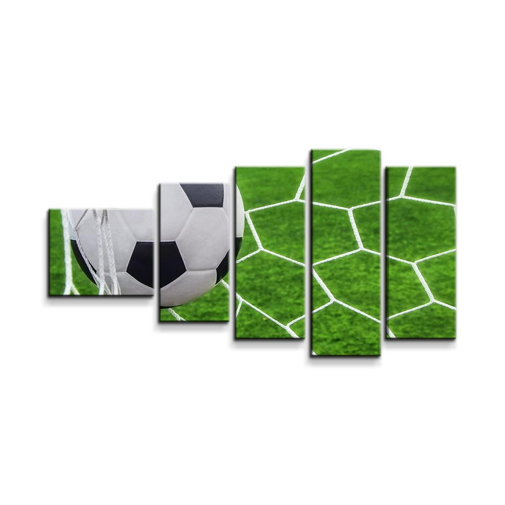 Fotbalový míč v bráně