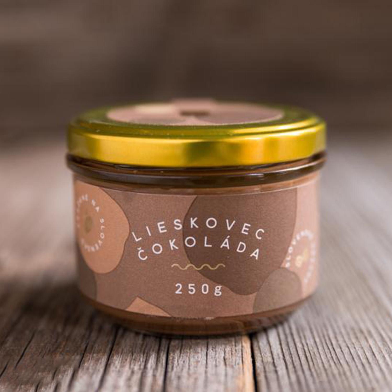 Lískooříšková pasta s kakaovým práškem