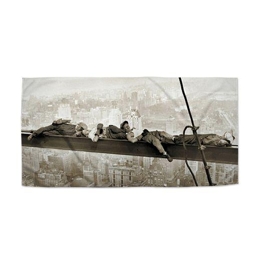 Ležící zedníci na traverze