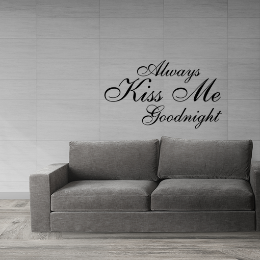 nápis Kiss me