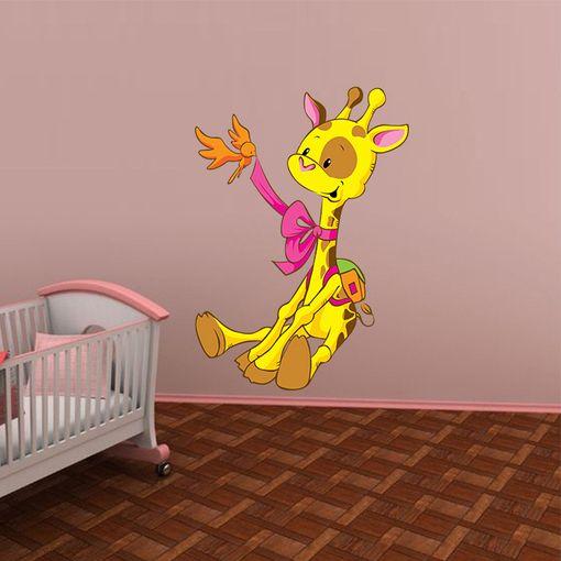 Žirafa s ptáčkem